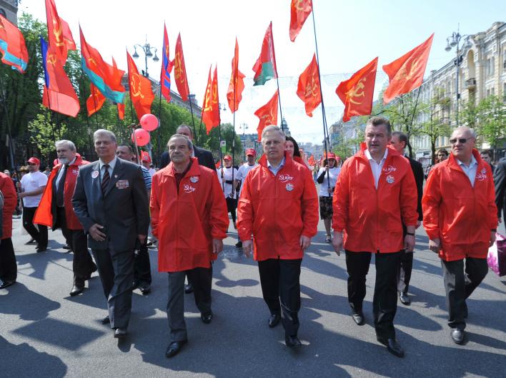 Осуждая коммунизм, власть подорвала территориальную целостность Украины и ее право быть независимым государством