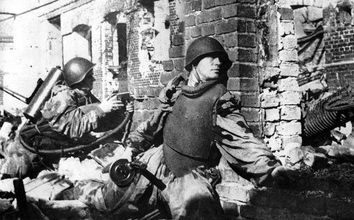 72 года окружению фашистов в Сталинграде. Операция «Уран».