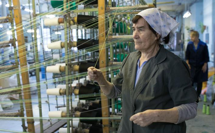 Минфин заставит всех бабушек работать