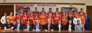Геннадий Зюганов встретился с командой «КПРФ-д»:  «Честь и слава чемпионам, поздравляю и благодарю!»