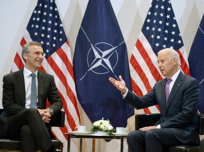 НАТО и ЕС трещат по швам