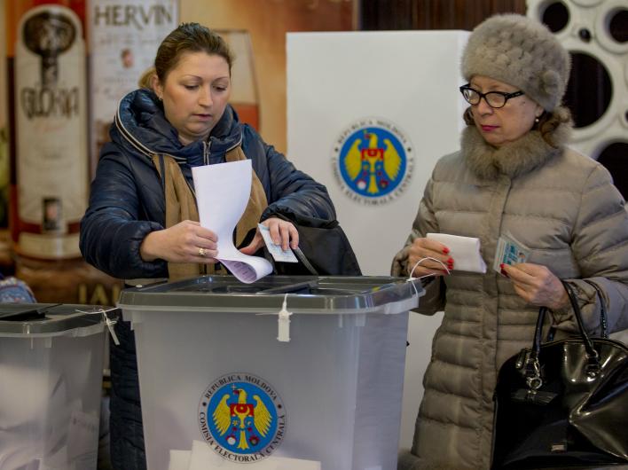 Молдавия – за «левых»
