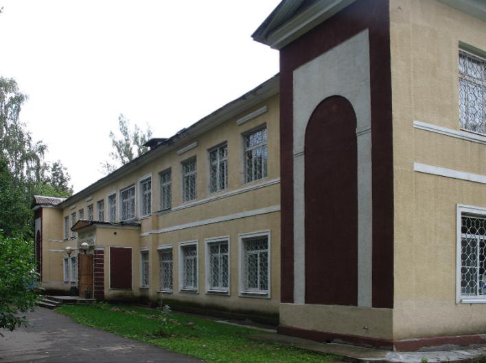 Коммунисты отстояли Центр народного творчества в Смоленске