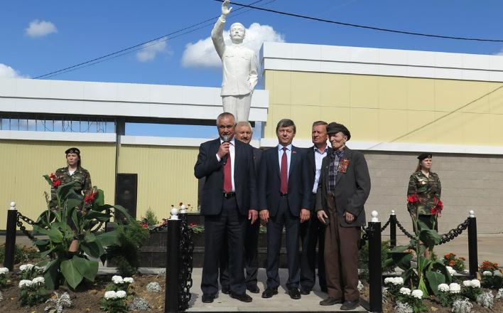 В Республике Марий Эл торжественно открыт памятник И.В. Сталину