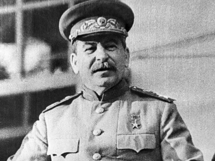 21 декабря в 11:00 состоится возложение цветов к могиле И.В.Сталина
