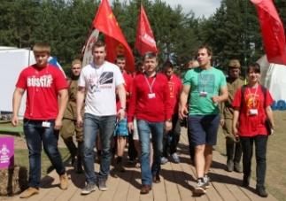 Д.Г.Новиков посетил молодёжный форум на Селигере