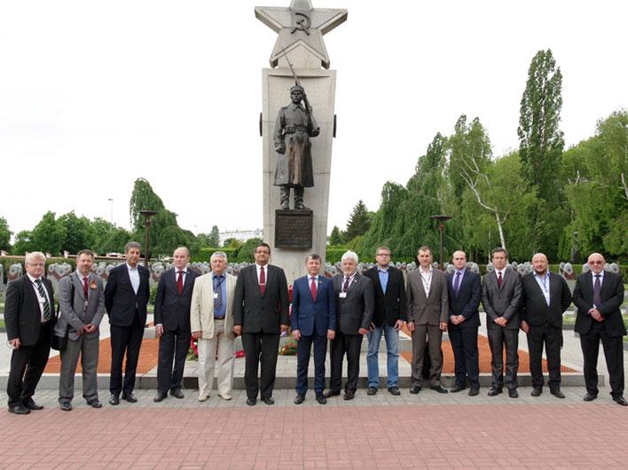 Д.Г. Новиков: В борьбе с неонацизмом объединяться и действовать