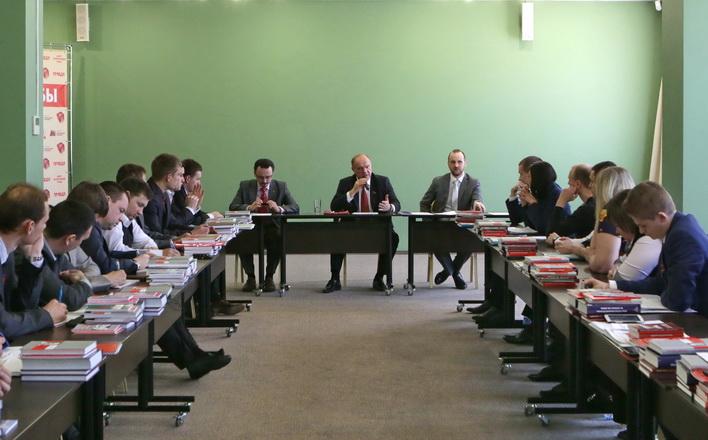 Г.А. Зюганов провёл встречу со слушателями 18 потока Центра политической учебы ЦК КПРФ